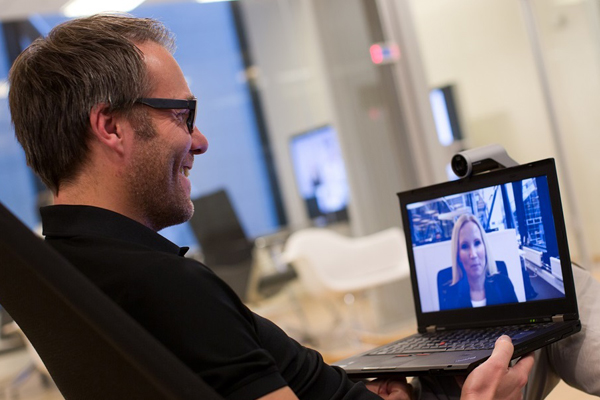 4 things to consider when investing in a videoconferencing service