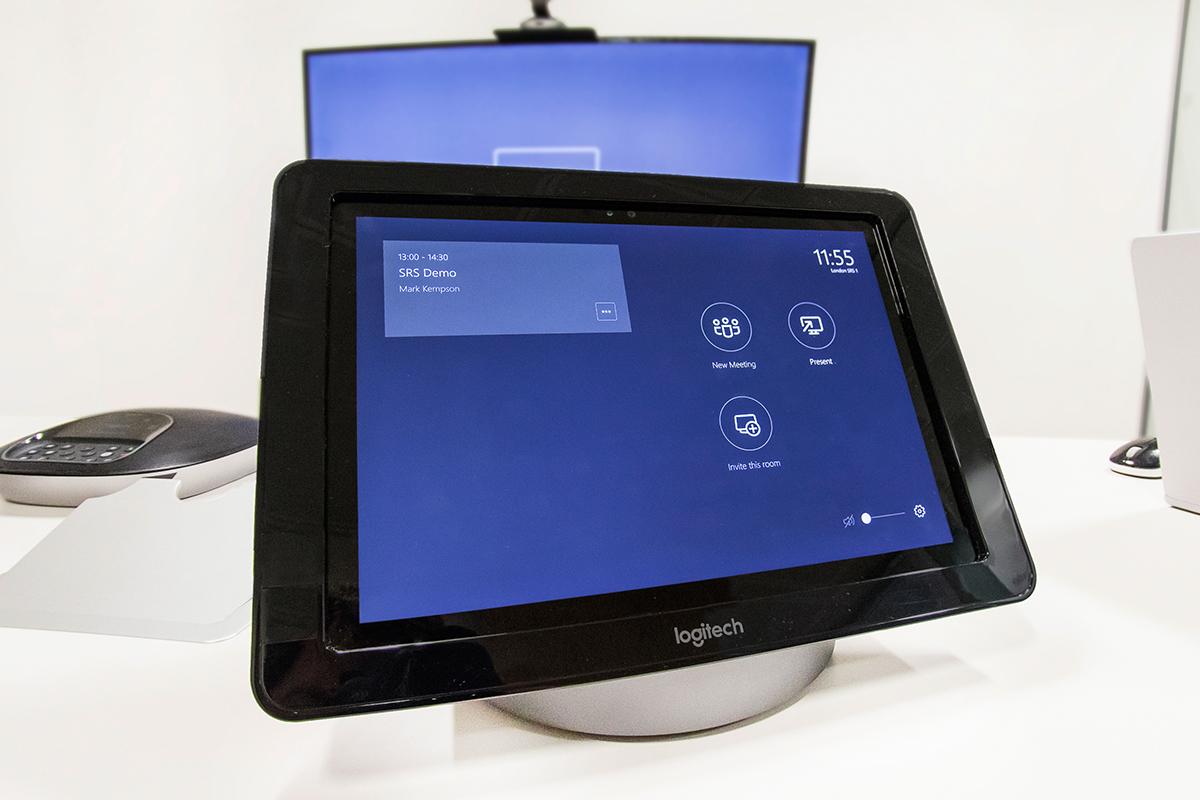 Logitech SmartDock Skype Room System