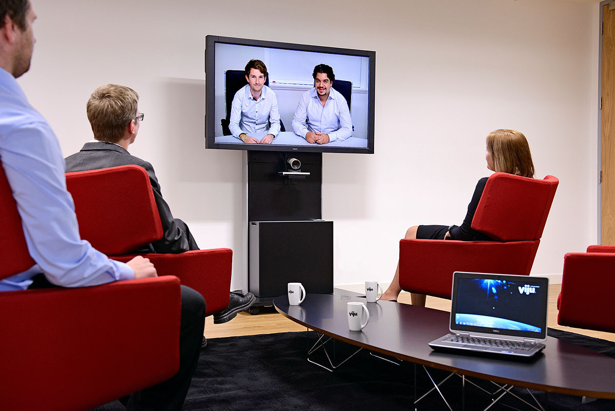 Single TV Screen Video Call Using Video Conferencing Software