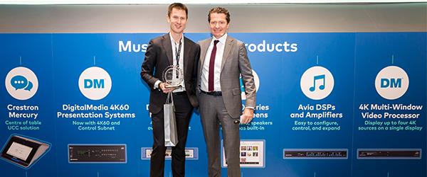 Viju vant Crestron Integration Award 2017 for beste brukergrensesnitt og tjenesten VijuConnect